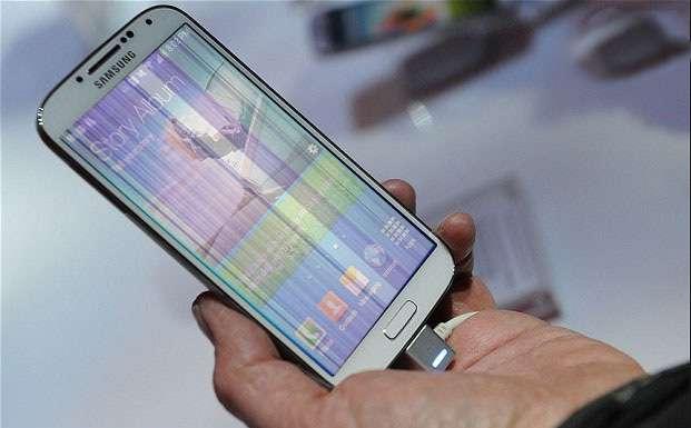 4 cách đơn giản khắc phục lỗi màn hình điện thoại Samsung bị sọc ngang